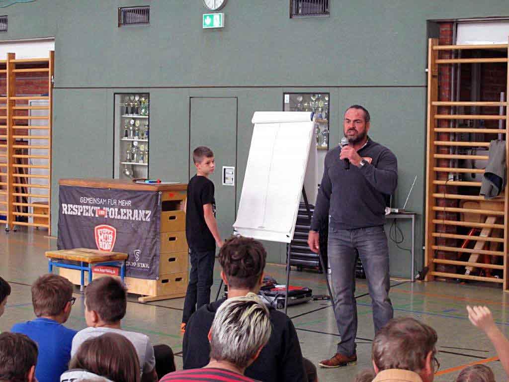 Carsten-Stahl-Nonneschule-Projekt-Mobbing