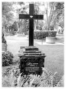 Nonnes Grab auf dem Hildburghäuser Friedhof